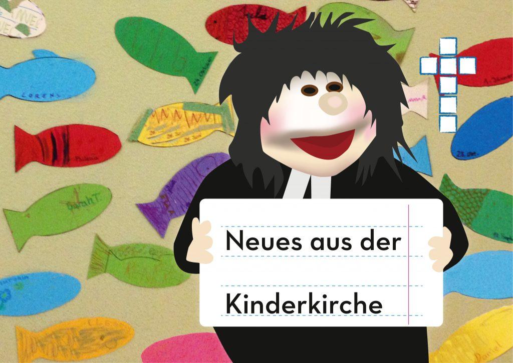 """Handpuppe Pfarrerin Mini mit Schild """"Neues aus der Kinderkirche"""" in der Hand"""